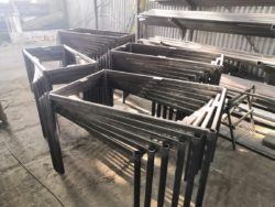 каркасы металлических столов